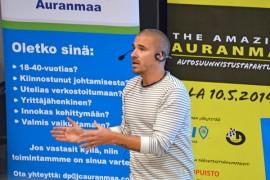 Aleksi Valavuori näkee menestyksen perustana kuuntelemisen, kysymisen ja oikean hetken aistimisen. Kuva: Mikko Perttunen