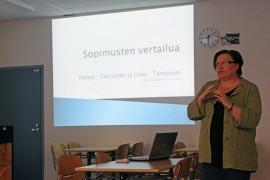 Nina Suominen vertaili Liedon ja Pöytyän sopimuksia. Suominen kallistui Pöytyän puolelle muun muassa siksi, että Lieto on jo kahdesti antanut Tarvasjoelle rukkaset.