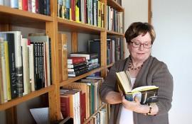 Tuula Levo kertoo, että on jokaisen kirjoittamansa kirjan jälkeen sanonut, että ei yhtään enää. Viime keväänä häneltä ilmestyi viides kirja.