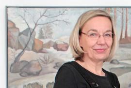 Anu Tuomi palkittiin elämäntyöstään taidemaalarina ja kuvataiteen opettajana.