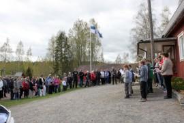Rannanmäen koulun taivalta juhlittiin perjantaina nykyisten ja entisten koululaisten voimin.