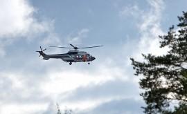 Rajavartioston helikopteri osallistui sienestäjän etsintöihin. Kuva: Simo Päivärinta