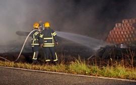 Lato tuhoutui palossa kokonaan. Kuva: Simo Päivärinta