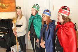 Tiernapojat Miranda Mattila, Emma Markkula, Noora Auramaa ja Jonna Mäkinen.