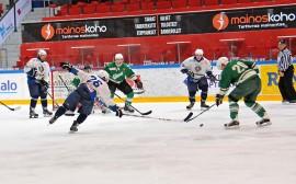 Painostuksesta huolimatta Taru Hockey joutui tyytymään tasapeliin. Kuva: Markku Pönni