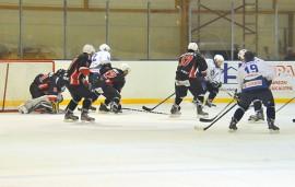 Taru Hockey teki selvää jälkeä Laitilan Jyskeestä. Kuva: Markku Pönni