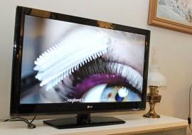 4G-suodattimen asennus poisti kuvahäiriöt Tapani Piirosen antennitalouden TV-vastaanottimesta.