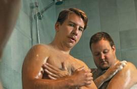 Aku Hirviniemi ja Sami Hedberg koheltavat onnistuneesti Luokkakokous-elokuvan rooleissaan.
