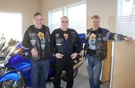 Gospel Ridersien Arto-jengiin kuuluvat Arto Hasari, Arto Männistö ja Arto Koivukoski.