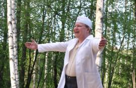 Ota syliin! Erni (Marko Pollari) on kovin ihastunut Kaisuun.