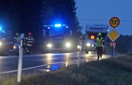 Kosken VPK ohjasi liikennettä onnettomuuspaikalla. Kuva: Simo Päivärinta
