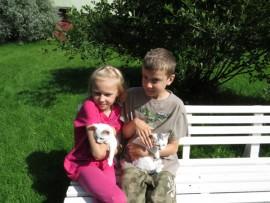 Pöytyäläiset Karoliina ja Akseli Olli suuntaavat ensi viikolla Riihikoskelle kouluun