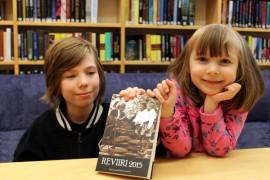 Ville ja Verna Remes tarinoivat Reviiri-antologiaan Solja-tytön esikoulupäivästä.