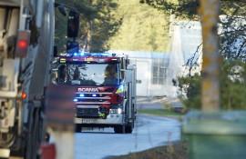 Palokunta riensi hätiin Oripään Kangastielle keskiviikkona kello 14:n aikaan. Kuva: Simo Päivärinta