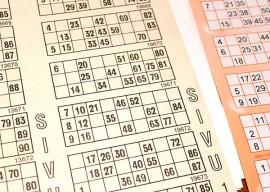 Bingolappuja tullaan loppiaisena täyttämään Auran Nuortentalolla.