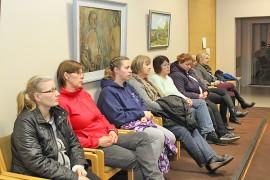 Vanhusten palvelutalon henkilökuntaa oli seuraamassa Oripään budjettikokousta.
