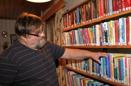 Timo Isotalon kirjasalissa pidettiin avajaiset lauantaina. Sali sai vierailta isännän mukaan myötämielisen vastaanoton.