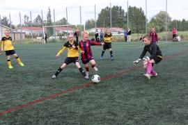 APU:n ja Pöytyän Kaiman junnujoukkueet kohtasivat viime kesänä Hyundai Cupissa. Ensi kesänä auranmaalaiset joukkueet pelaavat myös Auranmaan nappulaliigaa. Kuva: Heidi Pelander