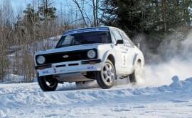 Viime vuonna Telakoneralli pöllytti lunta Oripään ja Säkylän teillä oikein kunnolla. Kuva AVL:n arkisto/Kiti Salonen