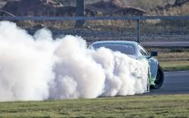 Driftaaja Niko Peltola starttaa kauteen samalla autolla kuin viime vuonnakin. Loppukesästä olisi tarkoitus saada uusi auto alle. Kuva: Pertti Kangasniemi