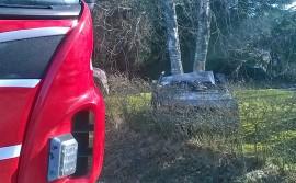Sekä kuljettaja että matkustaja loukkaantuivat Auran Turuntiellä torstaiaamuna sattuneessa onnettomuudessa. Kuva: Simo Päivärinta