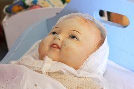 Oikean vauvan kokoinen Pipsa on yksi halutuimmista Martta-nukeista.