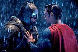 Batman ja Teräsmies kohtaavat elokuvassa ensimmäistä kertaa.