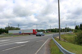 Valtatien Kyrön risteyksen liikenne sujuvoituu porrastuksen myötä. Kuva: Marika Timonen