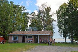 Kaunisrannan sauna ja uimaranta ovat säännöllisessä ja ahkerassa käytössä. Kuva: Mikko Perttunen