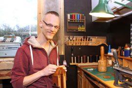 Jannik Hondelmann on työskennellyt kahdeksisen vuotta suutarina, mutta Koskelle perustettava verstas on ensimmäinen oma yritys.