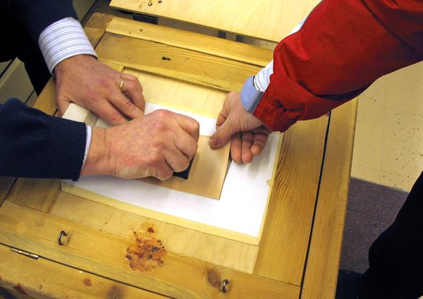 Kuntavaalien ehdokasasettelu päättyy 28.2. Äänestämään pääsee ennakkoon 29.3.–4.4. Varsinainen vaalipäivä on sunnuntai 9.4.
