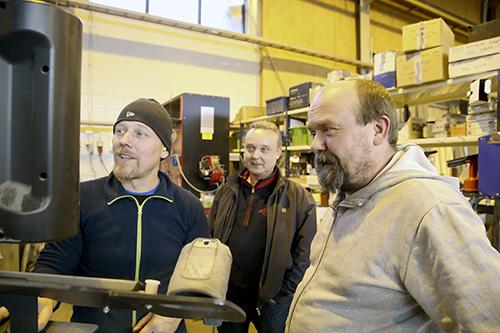 Ari Laaksonen, Marko Timonen ja Sami Timonen ovat viime aikoina olleet kiireisiä, sillä rakennusteollisuudella menee hyvin.