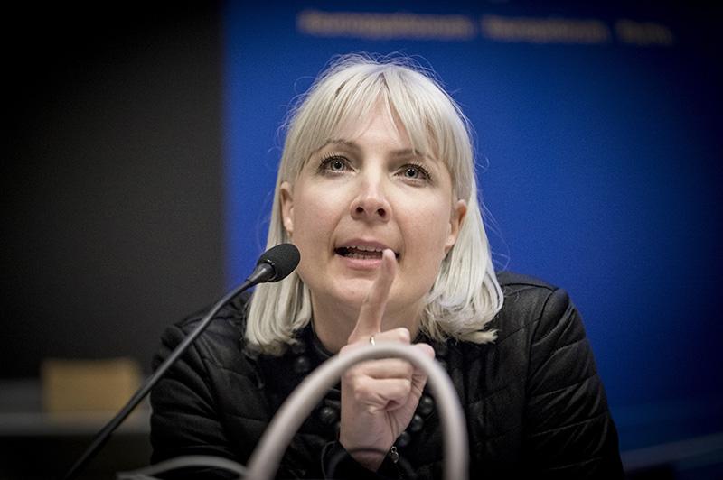 Laura Huhtasaari Kannatus